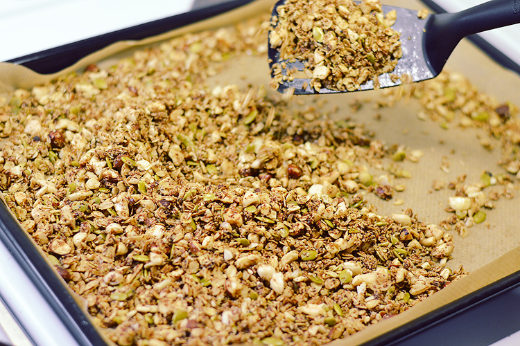 Holiday spiced home made granola via bananabloom.com