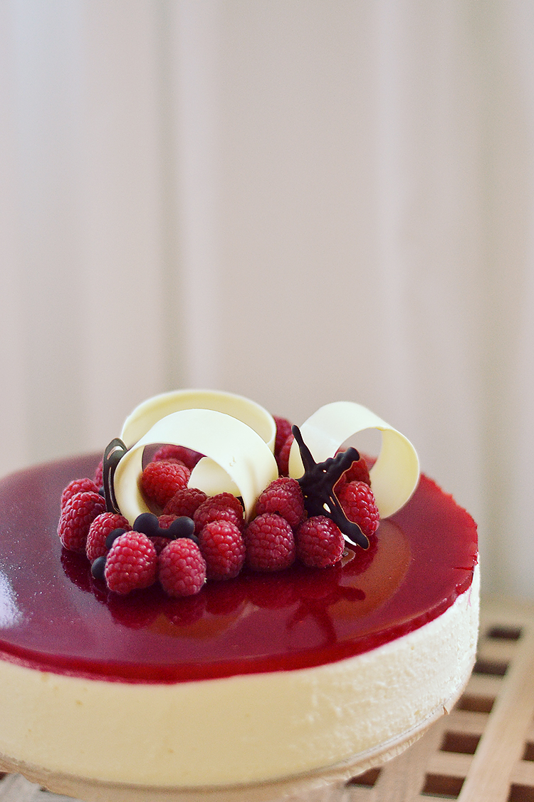 White Chocolate Mousse Cake with passion fruit & raspberry // via bananabloom.com