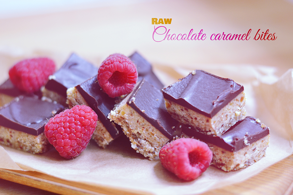 Raw Chocolate Caramel Bites // bananabloom.com