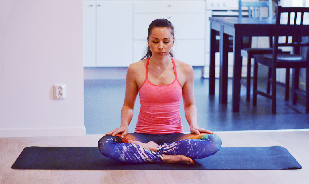 5 Soothing Yoga Poses to Tackle Holiday Stress   http://BananaBloom.com